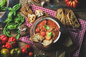Italian tomato and garlic soup