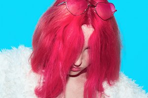 model with pink hair