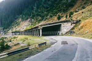 Mountains tunnel