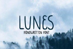 Lunes Font