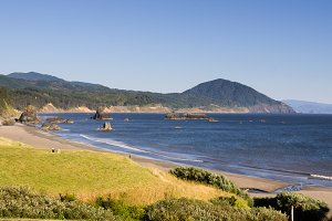 Scenic overlook on the Pacific Ocean