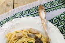 Pasta with mushrooms and meat