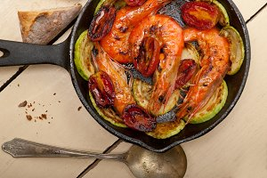 roasted shrimps and vegetables