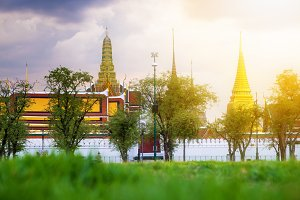 Emerald temple and Grand Palace