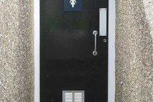 Ladies wc door