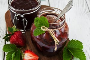 Jam with strawberries