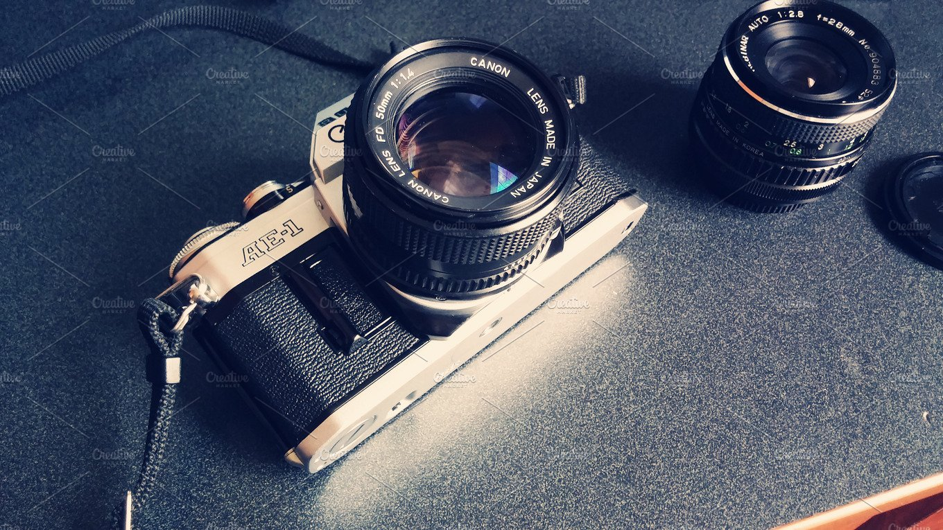 Vintage camera with lens arts entertainment photos for Best lens for furniture photography