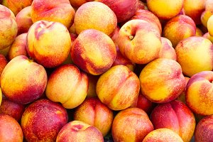 Yellow nectarines on display