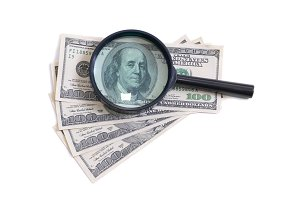Magnifier with money