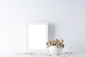 empty picture frame,