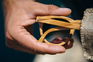 Elaboration process wood sunglasses