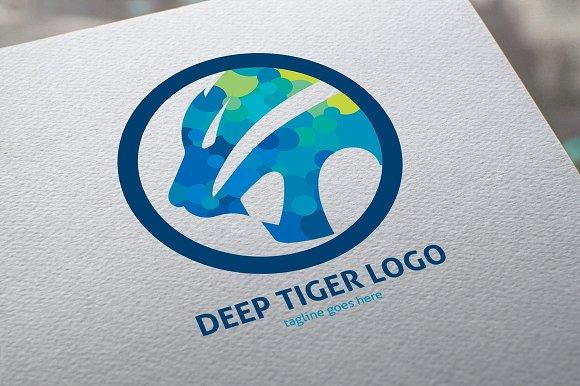 Deep Tiger Logo