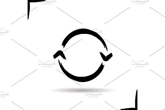 Refresh ink arrow icon. Vector - Icons