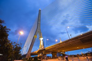 Rama VIII bridge at night.