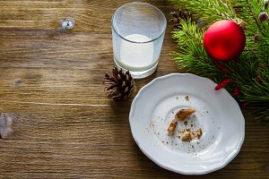 Emply plate glass from cookies and milk for Santa Clause