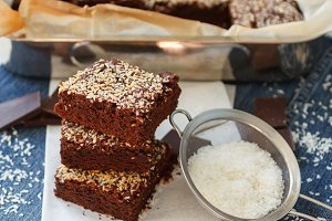 Brownie with coconut