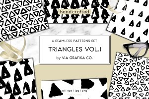 Hand Drawn Triangles Pattern Set