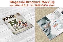 5 Magazine Mock Up