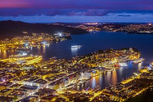 Panoramic view on Bergen at night