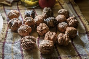 Walnuts ont the table