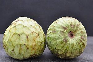 cherimoya fruit