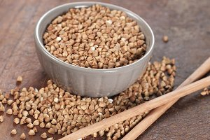 Buckwheat grain (raw)