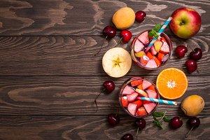 Refreshing sangria or punch