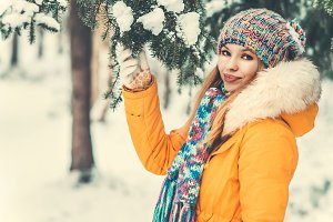 Young Woman Outdoor Winter Lifestyle