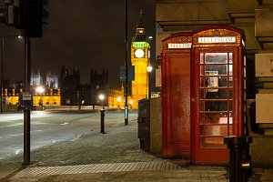 Red phone Big Ben London UK