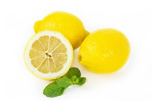 Fresh lemon fruit