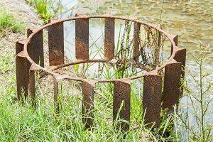 Steel tractor wheel