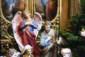 Christmas scene with figures of Mary