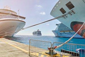 Cruise pier