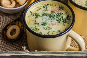 Potato and cheese cream soup served in cups