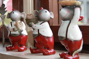 cute ceramic mice