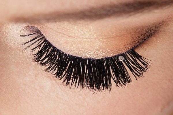 make up close up