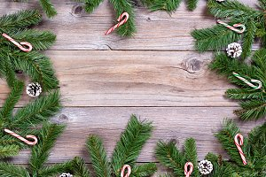 Xmas Circle Border on Wood