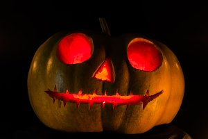 Halloween scary pumpkin face