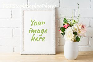 Frame mockup with tender pink roses