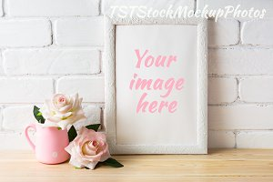 Frame mockup with pale pink roses
