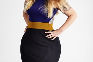 plus size woman with ombre hair