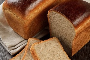 A loaf of rye-wheat bread