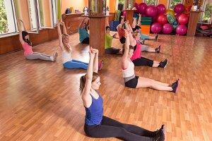Large group women training exercise