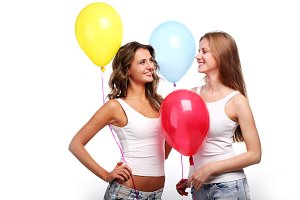 girlfriends with color balloons