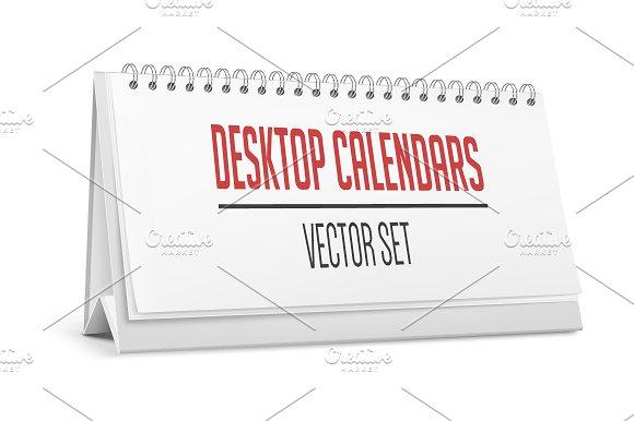 Desktop calendars.  - Product Mockups