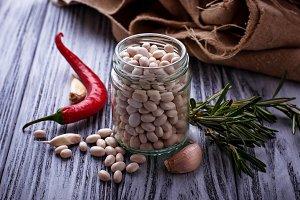 White dry beans
