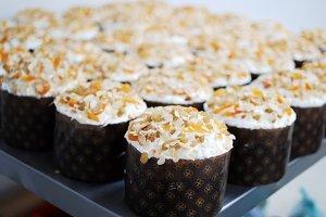 Many sweet beauty cakes