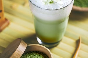 Tea matcha latte
