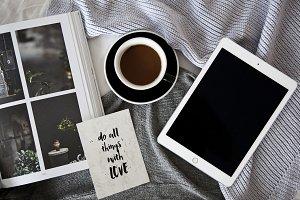 Apple and coffee - photo
