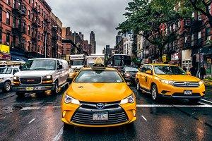 ew York City Taxi on street